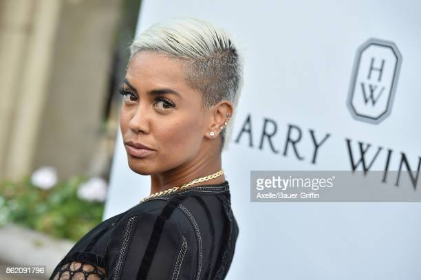 TV personality Sibley Scoles arrives at amfAR Los Angeles 2017 at Ron Burkle's Green Acres Estate on October 13 2017 in Beverly Hills California