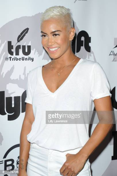 TV personality Sibley Scoles arrives at TBoz Unplugged at Avalon on September 27 2017 in Hollywood California