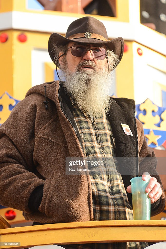 TV personality Silas Merritt 'Si' Robertson attends the 87th Annual ...