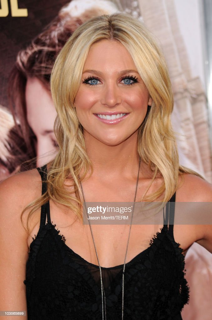 TV personality Stephanie Pratt arrives at the premiere of Warner Bros. 'Going The Distance' held at Grauman's Chinese Theatre on August 23, 2010 in Los Angeles, California.