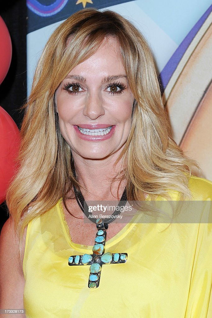 TV personality <a gi-track='captionPersonalityLinkClicked' href=/galleries/search?phrase=Taylor+Armstrong&family=editorial&specificpeople=6903739 ng-click='$event.stopPropagation()'>Taylor Armstrong</a> attends the celebrity premiere of Ringling Bros. and Barnum & Bailey's 'Built To Amaze!' tour at Staples Center on July 11, 2013 in Los Angeles, California.