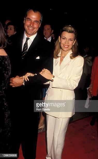 Personality Vanna White and husband George Santopietro attending the premiere of 'Sunset Boulevard' on November 30 1993 at the Shubert Theater in...