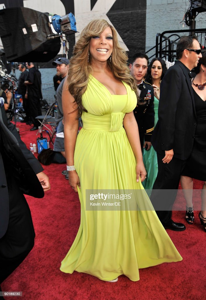 TV personality Wendy Williams arrives at the 36th Annual Daytime Emmy Awards at The Orpheum Theatre on August 30, 2009 in Los Angeles, California.