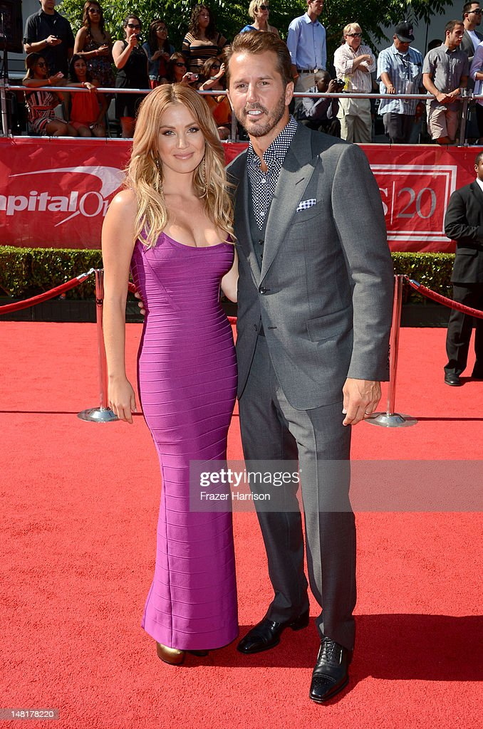 TV personality <a gi-track='captionPersonalityLinkClicked' href=/galleries/search?phrase=Willa+Ford&family=editorial&specificpeople=732584 ng-click='$event.stopPropagation()'>Willa Ford</a> poses with husband, former NHL player, <a gi-track='captionPersonalityLinkClicked' href=/galleries/search?phrase=Mike+Modano&family=editorial&specificpeople=202511 ng-click='$event.stopPropagation()'>Mike Modano</a> at the 2012 ESPY Awards at Nokia Theatre L.A. Live on July 11, 2012 in Los Angeles, California.