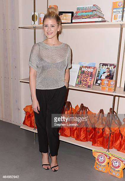 TV personality/author Lo Bosworth attends a special beauty tips and tricks sharing event hosted by ARM HAMMER Baking Soda at Paintbox Salon on...