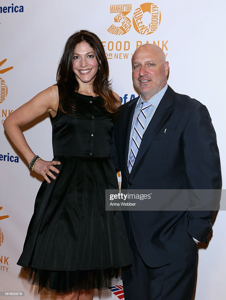 TV personality/chef <a gi-track='captionPersonalityLinkClicked' href=/galleries/search?phrase=Tom+Colicchio&family=editorial&specificpeople=4167072 ng-click='$event.stopPropagation()'>Tom Colicchio</a> (R) and <a gi-track='captionPersonalityLinkClicked' href=/galleries/search?phrase=Lori+Silverbush&family=editorial&specificpeople=772818 ng-click='$event.stopPropagation()'>Lori Silverbush</a> arrive at the Food Bank For New York City's Can-Do Awards celebrating 30 years of service to NYC on April 30, 2013 in New York City.
