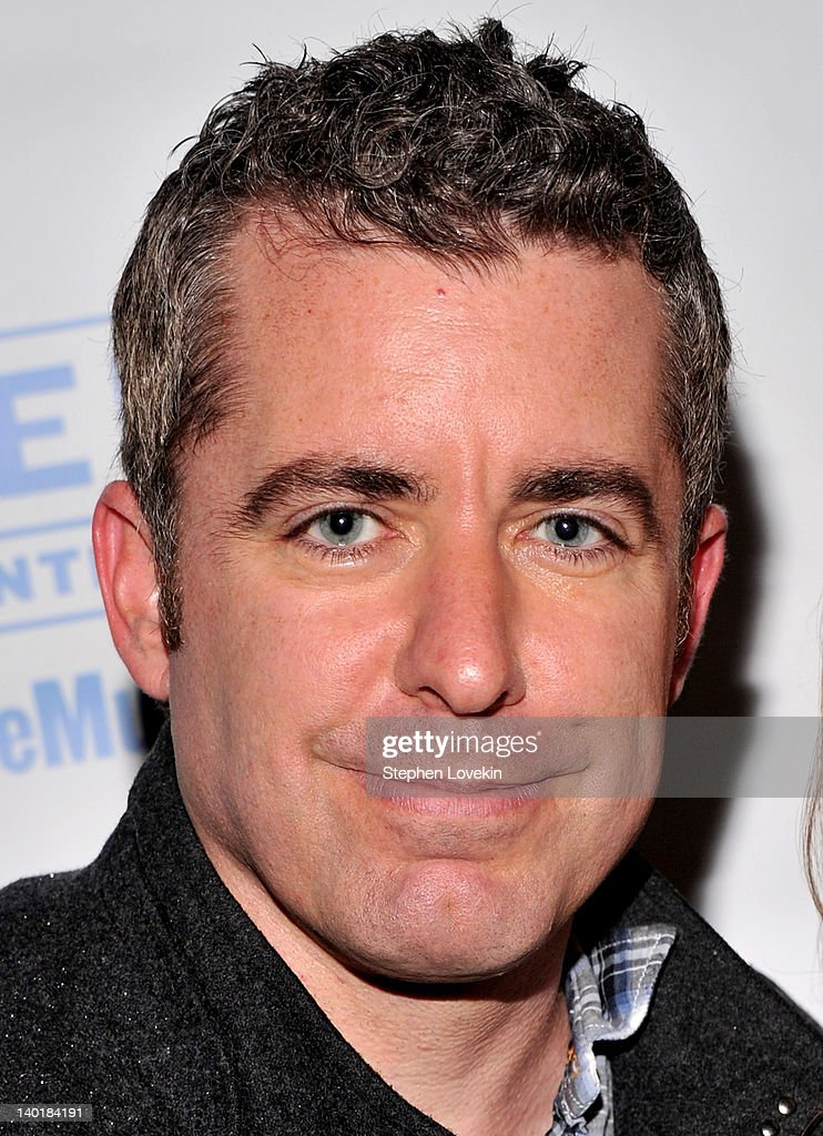 TV personality/comedian Jason Jones attends the 'Rated P For Parenthood' off Broadway - personalitycomedian-jason-jones-attends-the-rated-p-for-parenthood-picture-id140184191