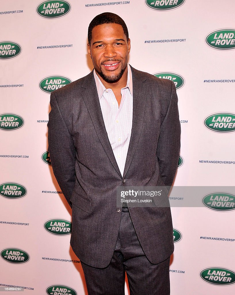 TV personality/former NFL player Michael Strahan attends the Range Rover Sport world unveiling at the 2013 New York Auto Show at Skylight at Moynihan Station on March 26, 2013 in New York City.