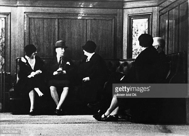 Personengruppe im Spielcasino Monte Carlo 1929Aufnahme Erich Salomon