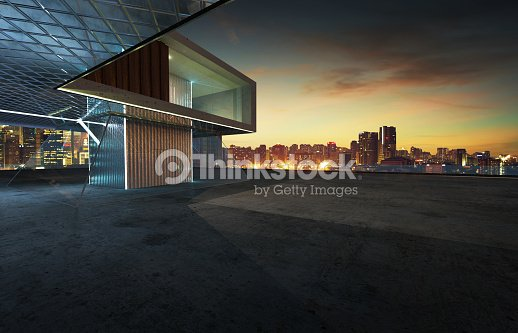 Perspective view of contemporary building exterior : Stock Photo