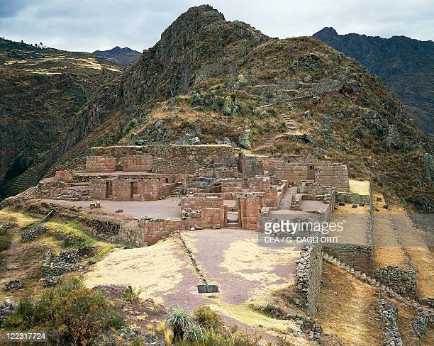 Peru Urubamba Valley Pisac Inca archaeological site Intihuatana religious building 15th century