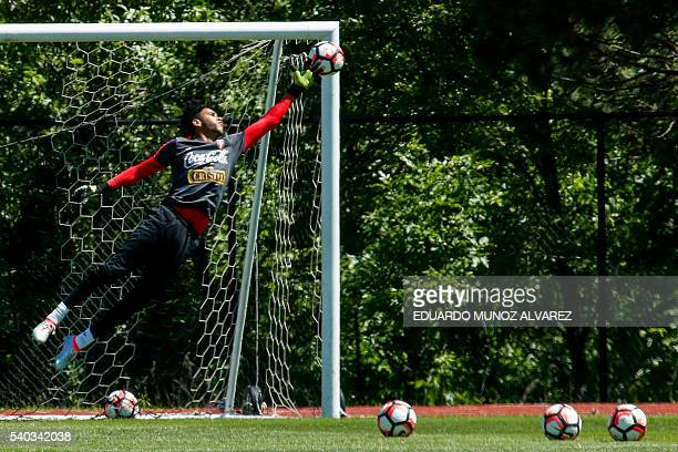 Peru's goalkeeper Pedro Gallese attends a training session at Montclair State University in New Jersey on June 15 2016 Peru will face Colombia on...
