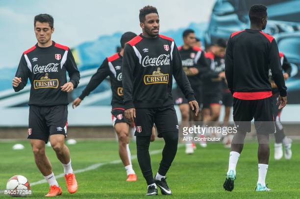 Peruvian footballer Jefferson Farfan takes part in a training session in Lima on August 29 ahead of their FIFA World Cup qualifier football match...