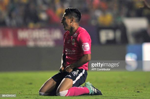 Peruvian player Raul Ruidiaz of Morelia reacts during their Mexican Apertura tournament football match against Leon at Morelos stadium on October 20...