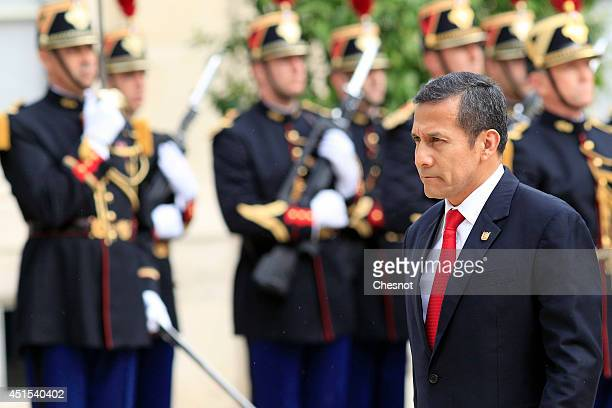 Peruvian President Ollanta Humala arrives for a meeting with French President Francois Hollande at the Elysee Palace on July 1 2014 in Paris France