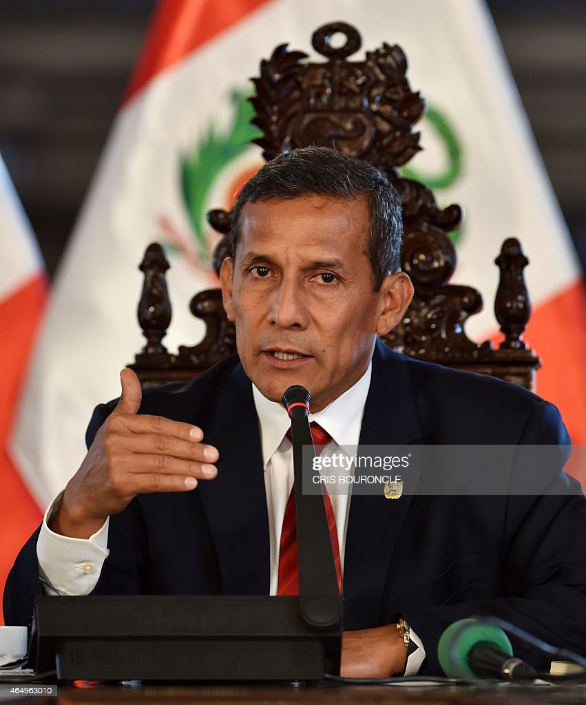 Peruvian President <a gi-track='captionPersonalityLinkClicked' href=/galleries/search?phrase=Ollanta+Humala&family=editorial&specificpeople=588227 ng-click='$event.stopPropagation()'>Ollanta Humala</a> speaks during a press conference with the foreign press, in his office at the presidential palace in Lima on March 2, 2015.
