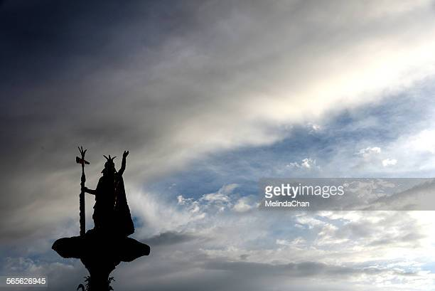 Peruvian statue with the sky
