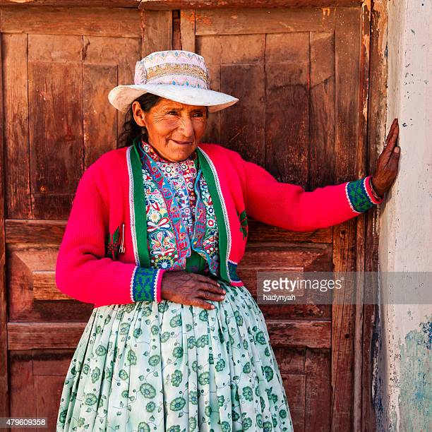 Peruanische Frau in-Kleidung, Chivay, Peru