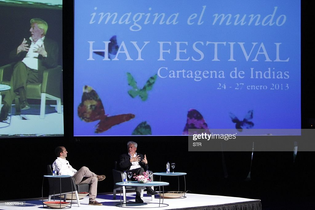 Peruvian writer and Nobel Prize for Literature 2010, Mario Vargas Llosa (R), takes part in the 8th annual 'Hay Festival' in Cartagena de Indias, Colombia, on January 25, 2012.