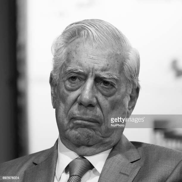 Peruvian writer Mario Vargas Llosa pose during the presentation of the collective work 'El estallido del populismo' in Madrid on June 6 2017