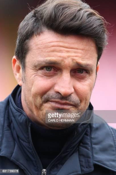 Pescara's Italian coach Massimo Oddo looks on prior to the Italian Serie A football match between SSC Napoli and Delfino Pescara on January 15 2017...