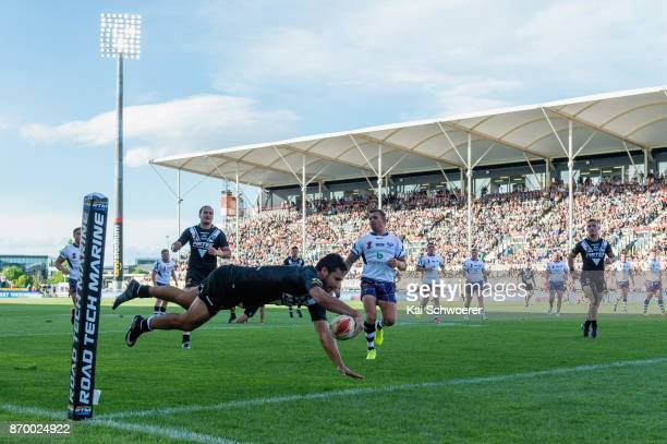 Peta Hiku of the Kiwis dives over to score a try during the 2017 Rugby League World Cup match between the New Zealand Kiwis and Scotland at AMI...