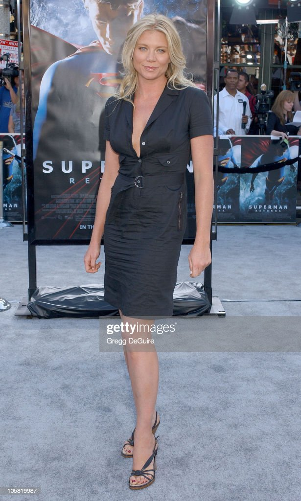 Peta Wilson during World Premiere of 'Superman Returns' Arrivals at Mann's Village and Bruin Theaters in Westwood California United States