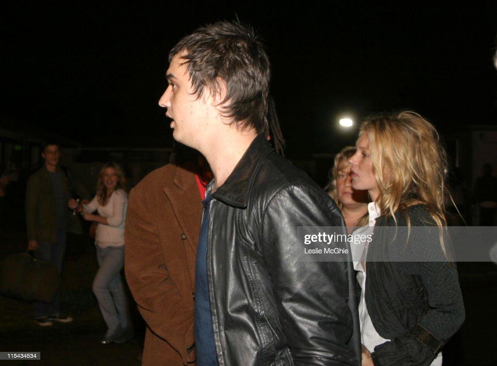 Pete Doherty and Kate Moss Backstage At The 02 Wireless Festival - June 30, 2005