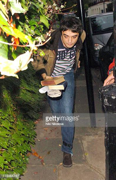 Pete Doherty during Pete Doherty Arrives at Kate Moss's Home October 27 2006 in London Great Britain