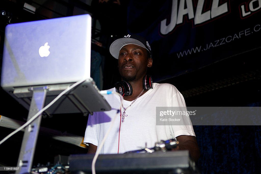 DJ Pete Rock performs on stage at The Jazz Cafe on July 20, 2011 in London, United Kingdom.