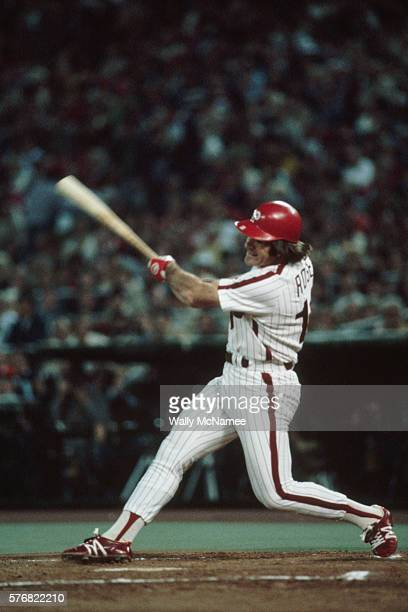 Pete Rose at bat against the Montreal Expos during the 1980 playoff games