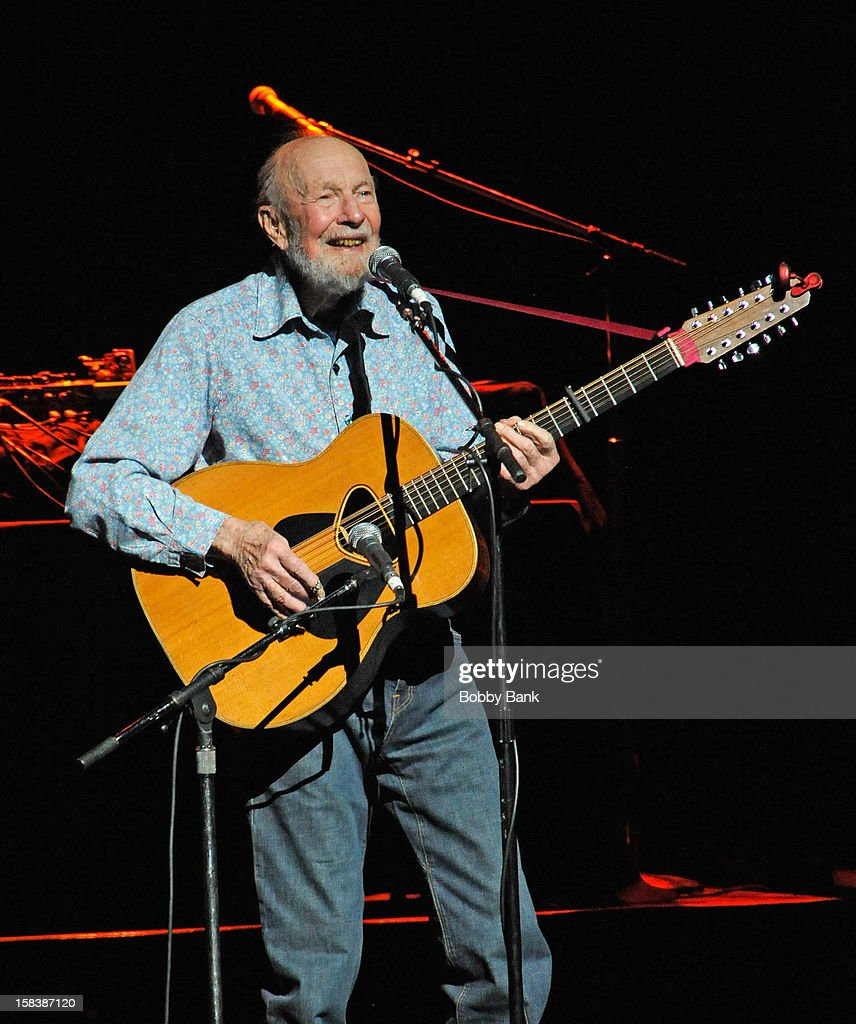 <a gi-track='captionPersonalityLinkClicked' href=/galleries/search?phrase=Pete+Seeger&family=editorial&specificpeople=213821 ng-click='$event.stopPropagation()'>Pete Seeger</a> performs at the 'Bring Leonard Peltier Home 2012' Concert at The Beacon Theatre on December 14, 2012 in New York City.
