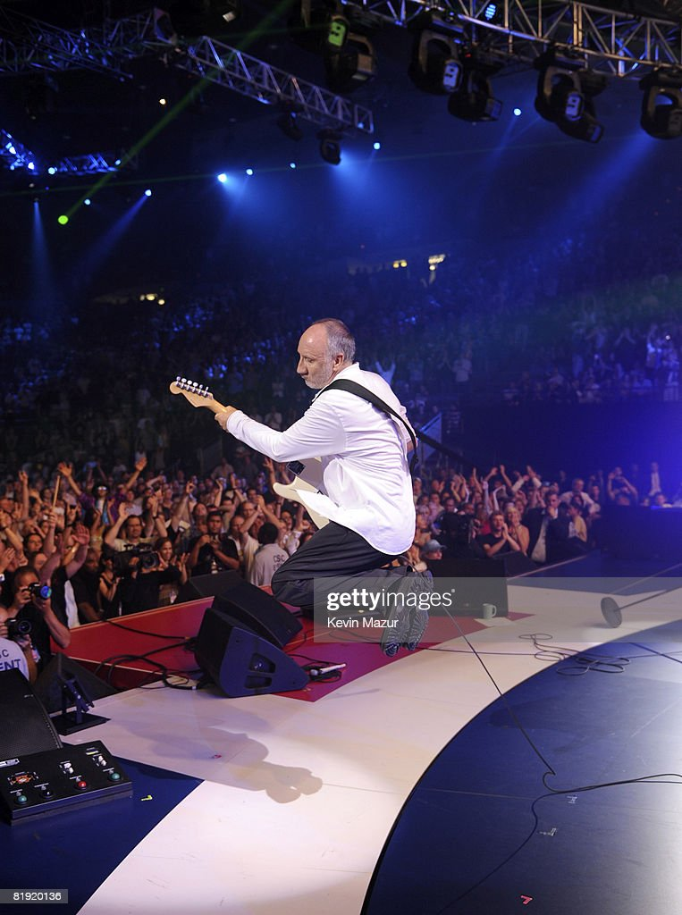 Pete Townshend of The Who perform at the 2008 VH1 Rock Honors honoring The Who at UCLA's Pauley Pavilion on July 12, 2008 in Los Angeles, California.