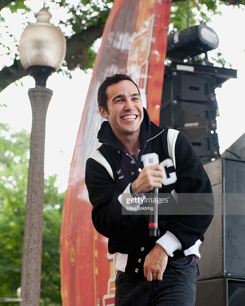 <a gi-track='captionPersonalityLinkClicked' href=/galleries/search?phrase=Pete+Wentz&family=editorial&specificpeople=595892 ng-click='$event.stopPropagation()'>Pete Wentz</a> of Black Cards performs on the BMI Stage during 2011 Lollapalooza at Grant Park on August 5, 2011 in Chicago, Illinois.