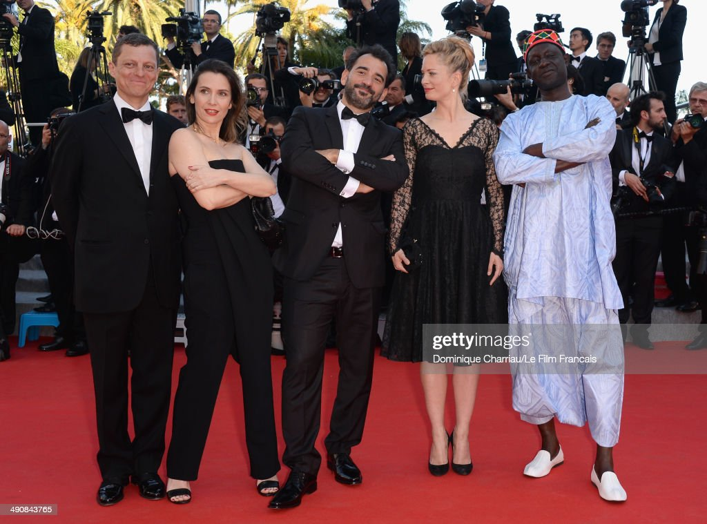 cannes film festival and mr bean Rowan atkinson stars as mr bean all of which are caught on camera and far-fetched enough to ensure his own makeshift entry into the cannes film festival mr.