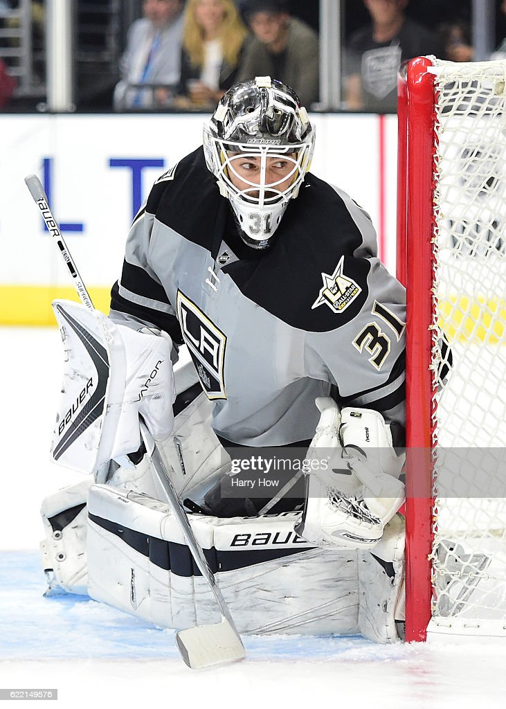 Peter Budaj #31 of the Los Angeles Kings in goal against the Vancouver Canucks at Staples Center on October 22, 2016 in Los Angeles, California.