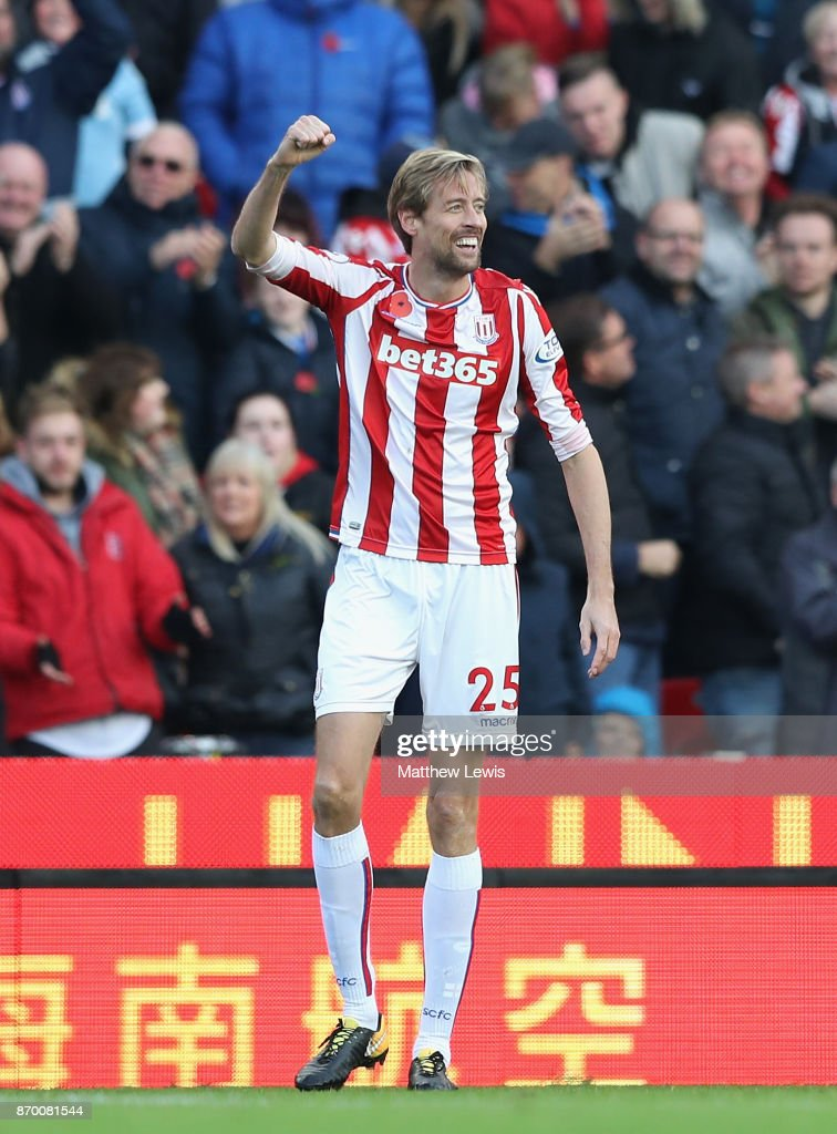 Peter Crouch of Stoke City celebrates scoring his sides second goal during the Premier League match between Stoke City and Leicester City at Bet365 Stadium on November 4, 2017 in Stoke on Trent, England.