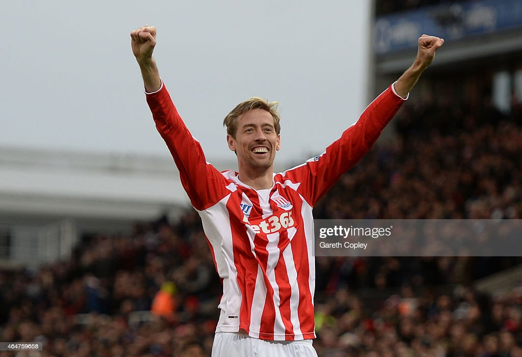 <a gi-track='captionPersonalityLinkClicked' href=/galleries/search?phrase=Peter+Crouch&family=editorial&specificpeople=210764 ng-click='$event.stopPropagation()'>Peter Crouch</a> of Stoke City celebrates scoring the first goal during the Barclays Premier League match between Stoke City and Hull City at Britannia Stadium on February 28, 2015 in Stoke on Trent, England.