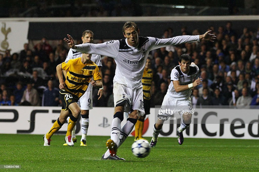 Peter Crouch of Tottenham Hotspur scores their fourth goal and his third to complete his hat trick during the UEFA Champions League playoff second...