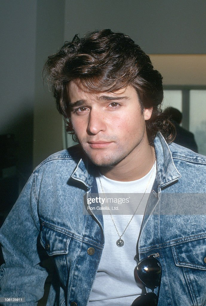 peter deluise father