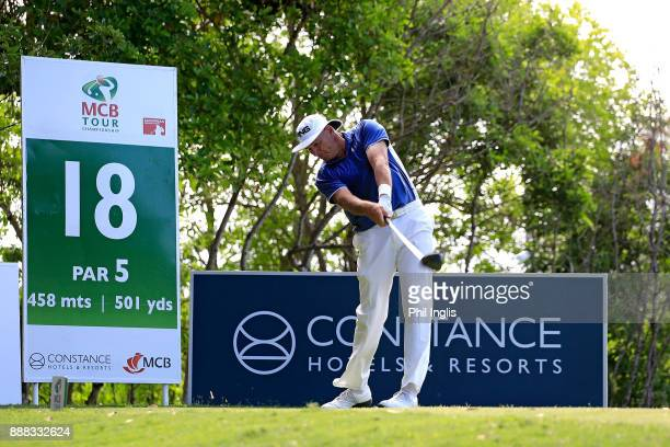 Peter Fowler of Australia in action during the first round of the MCB Tour Championship played over the Legend Course at Constance Belle Mare Plage...