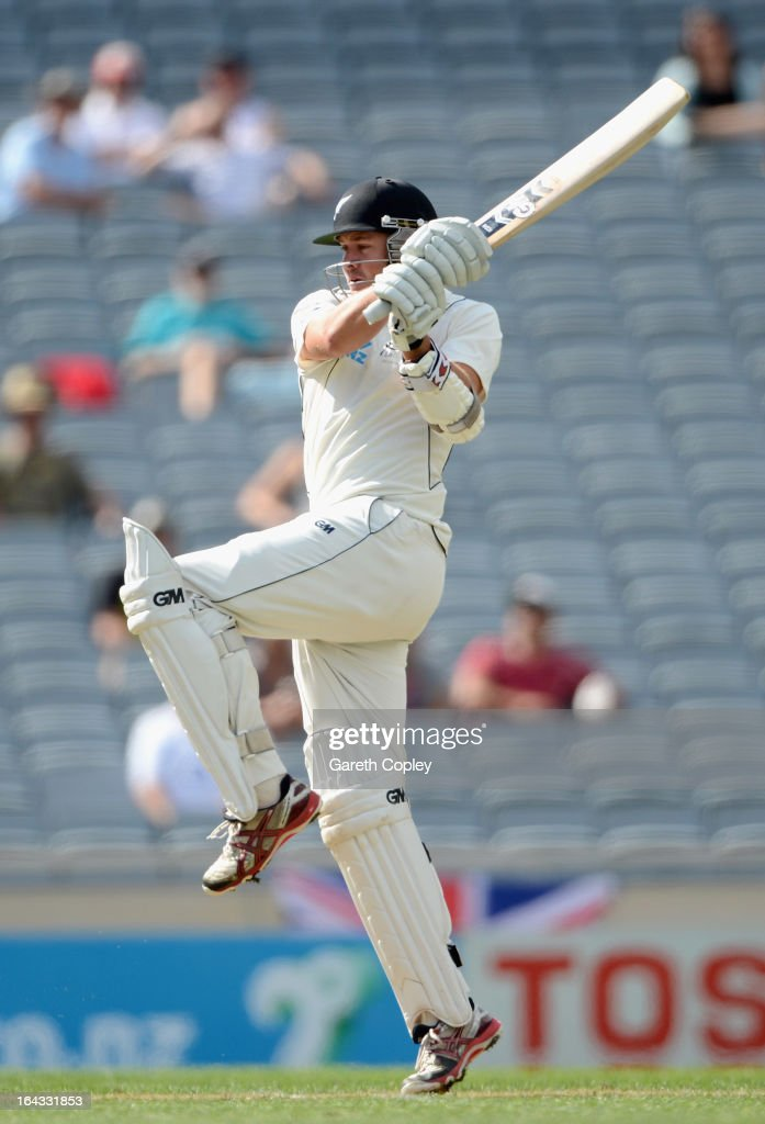 <a gi-track='captionPersonalityLinkClicked' href=/galleries/search?phrase=Peter+Fulton&family=editorial&specificpeople=658568 ng-click='$event.stopPropagation()'>Peter Fulton</a> of New Zealand bats during day two of the Third Test match between New Zealand and England at Eden Park on March 23, 2013 in Auckland, New Zealand.