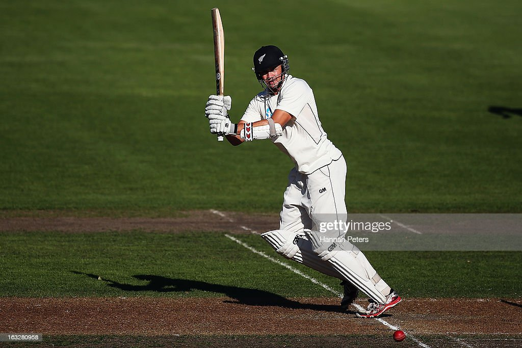 Peter Fulton of New Zealand pulls the ball away for four runs during day two of the First Test match between New Zealand and England at University Oval on March 7, 2013 in Dunedin, New Zealand.