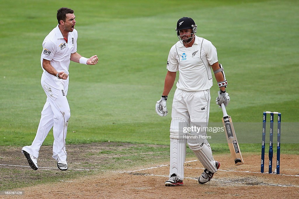 <a gi-track='captionPersonalityLinkClicked' href=/galleries/search?phrase=Peter+Fulton&family=editorial&specificpeople=658568 ng-click='$event.stopPropagation()'>Peter Fulton</a> of New Zealand walks off after being dimissed by James Anderson of England during day three of the First Test match between New Zealand and England at University Oval on March 8, 2013 in Dunedin, New Zealand.
