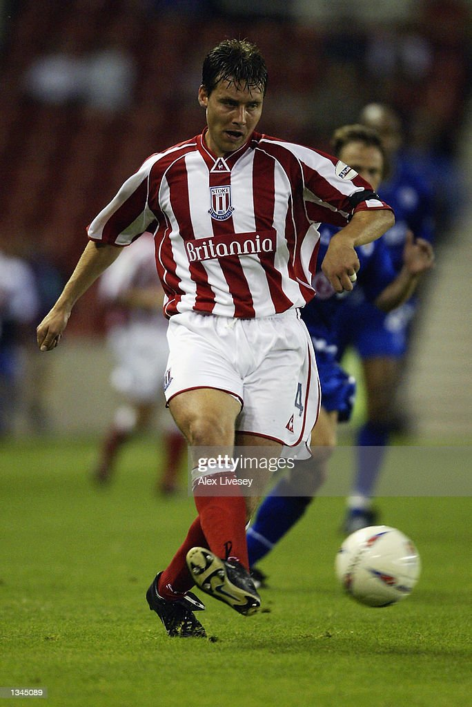 Peter Handyside of Stoke City in action during the Nationwide First Division match between Stoke City and Leicester City at the Brittania Stadium in Stoke on 14 August, 2002.