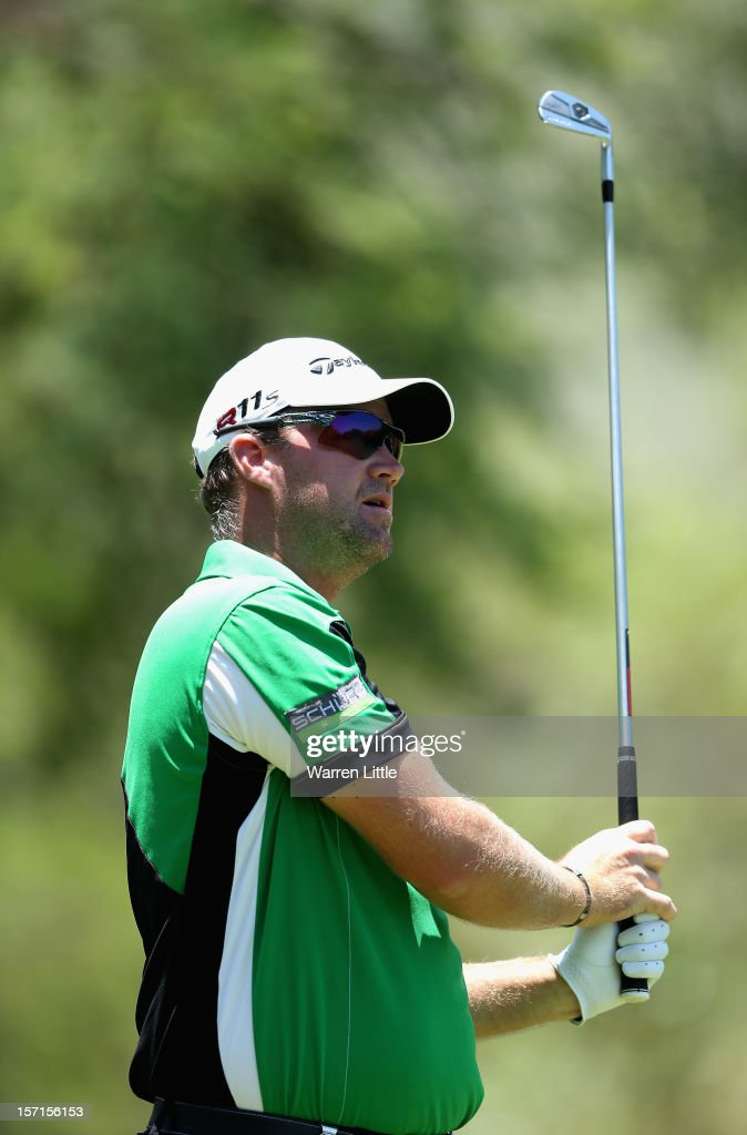 Peter Hanson of Sweden in action during the first round of the Nedbank Golf Challenge at the Gary Player Country Club on November 29, 2012 in Sun City, South Africa.