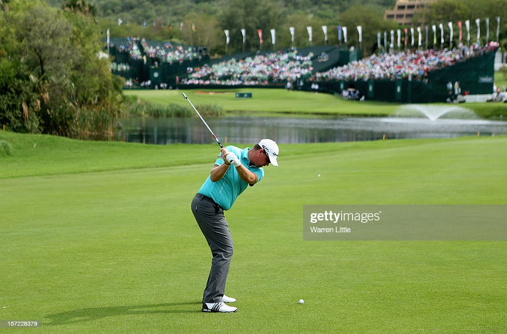 Peter Hanson of Sweden in action during the second round of the Nedbank Golf Challenge at the Gary Player Country Club on November 30, 2012 in Sun City, South Africa.