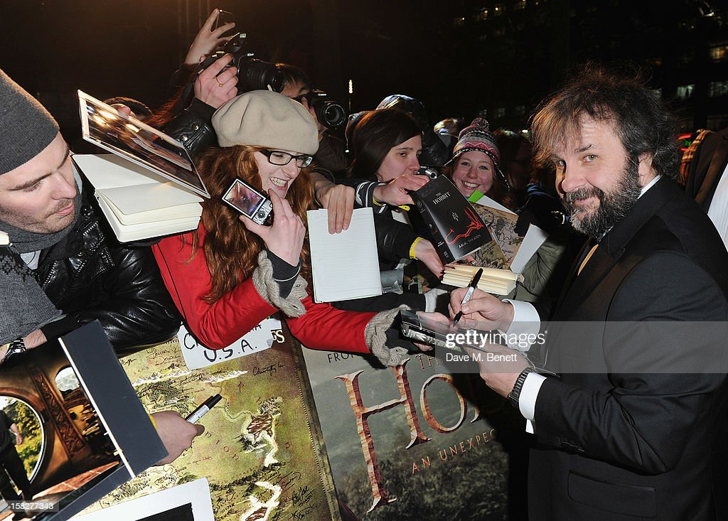 <a gi-track='captionPersonalityLinkClicked' href=/galleries/search?phrase=Peter+Jackson+-+Cineasta&family=editorial&specificpeople=203018 ng-click='$event.stopPropagation()'>Peter Jackson</a> attends the Royal Film Performance of 'The Hobbit: An Unexpected Journey' at Odeon Leicester Square on December 12, 2012 in London, England.
