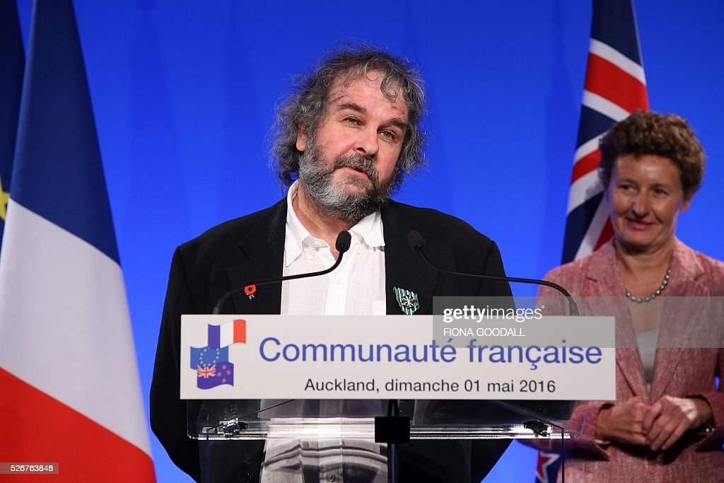 Peter Jackson speaks after French Prime Minister Manuel Valls presented him and Fiona Pardington with a Ordre des Arts et des Lettres medal at a French community event at Auckland War Memorial Museum on May 1, 2016. / AFP / Fiona Goodall