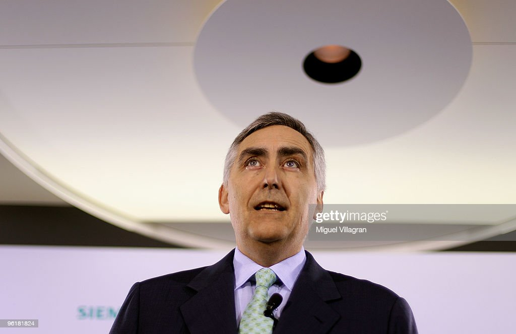 <a gi-track='captionPersonalityLinkClicked' href=/galleries/search?phrase=Peter+Loescher&family=editorial&specificpeople=4296846 ng-click='$event.stopPropagation()'>Peter Loescher</a>, CEO of German industrial giant Siemens, addresses the media prior to Siemens annual shareholders' meeting on January 26, 2010 in Munich, Germany. Siemens fiscal first quarter net income rose by 24 percent to euro1.5 billion ($2.12 billion).